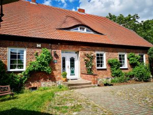 Haupthaus: FeWo links